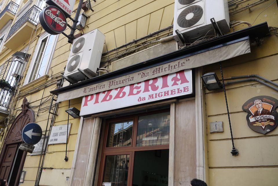 pizzeria da michele najlepsza pizza w neapolu